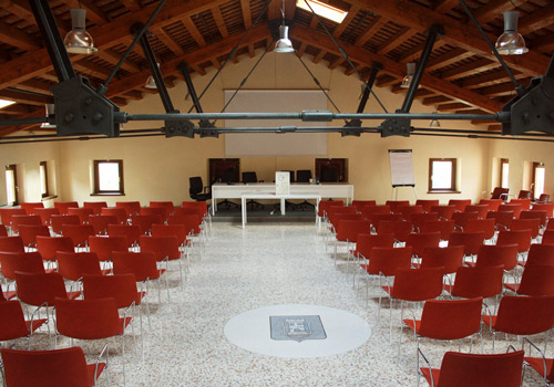 villa_frova_conferenze_2_350x500